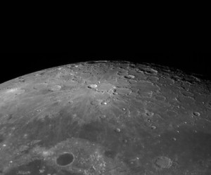 moon_north_pole_2015-10-30